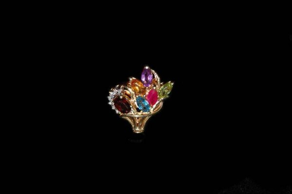 214: 14K YELLOW GOLD PENDANT WITH MULTI COLORED STONES