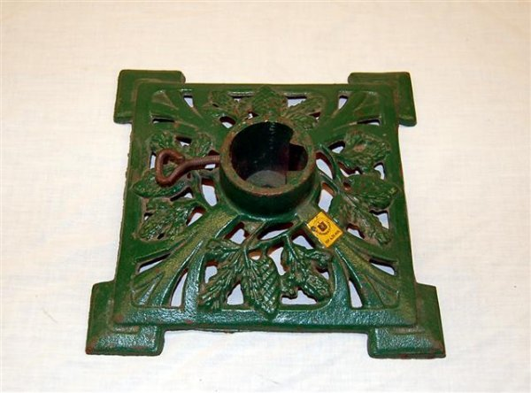 4: VINTAGE CAST IRON CHRISTMAS TREE STAND: SQUARE WITH