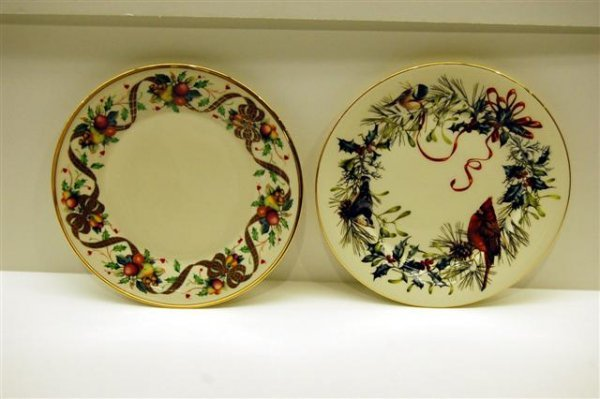 "21: TWO LENOX PORCELAIN PLATES - "" WINTER GREETINGS"" &"