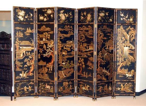 430: LARGE ORIENTAL LACQUERED SIX PANEL SCREEN - VILLAG