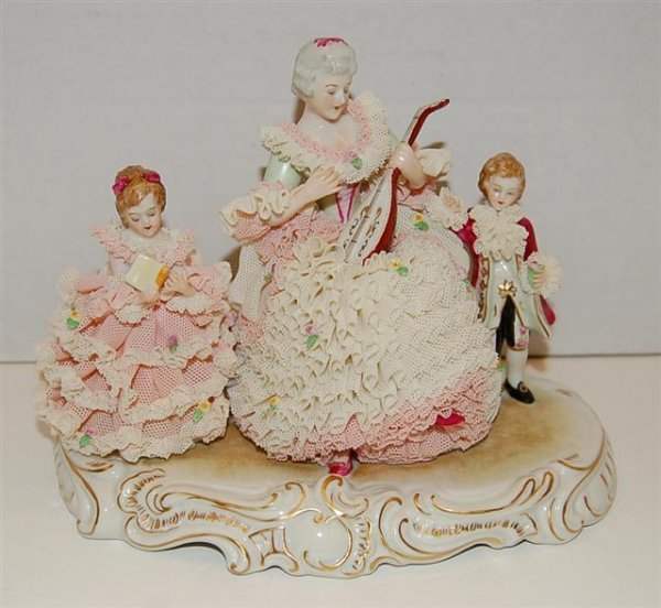 26: MZ Ireland Dresden Lace Figural Group - Mother & Tw