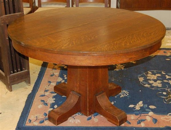 15: LJG Stickley Dining Table w/ Four (4) leaves