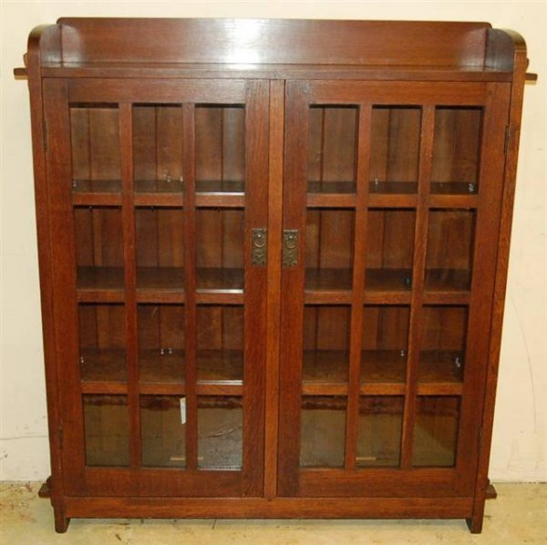 25: LJG Stickley Arts & Crafts Oak China Cabinet w/ Two