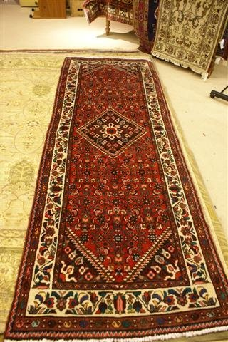4: Hand Knotted Persian Mahal