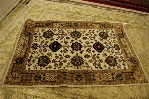 """16: Hand Knotted Indo Sultanabad - approximately 4' 2"""""""