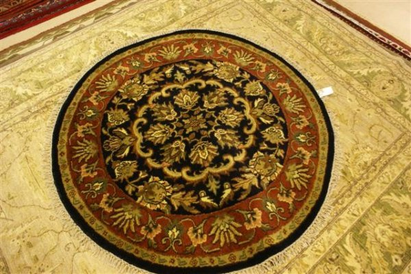 21: Hand Knotted Bhadohi Jaipur (Round) - approximately