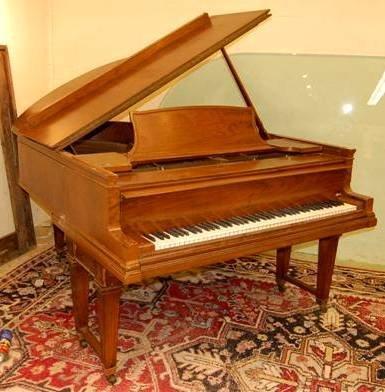 100: Steinway Grand Piano, # 167834 - patent date 1899