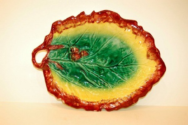 21: Majolica Leaf & Corn Motif Serving Dish