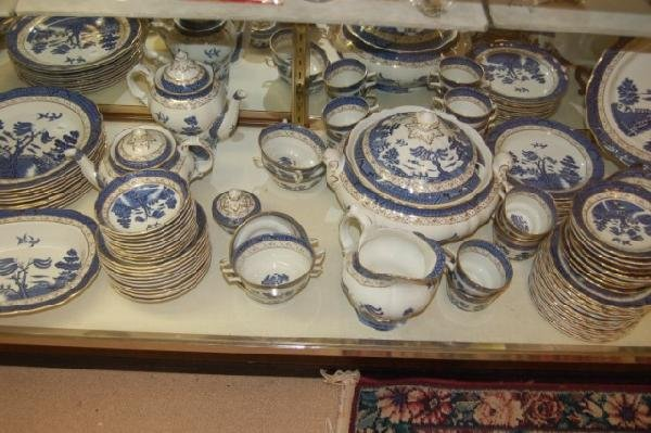 "182: Set of Royal Doulton "" Real Old Willow "" China - 3"