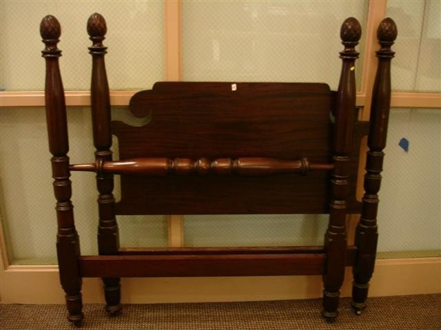 45: Mahogany Four Poster Double Bed - pineapple finials