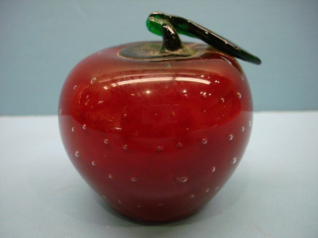 18: Red Art Glass Paperweight - Apple Motif