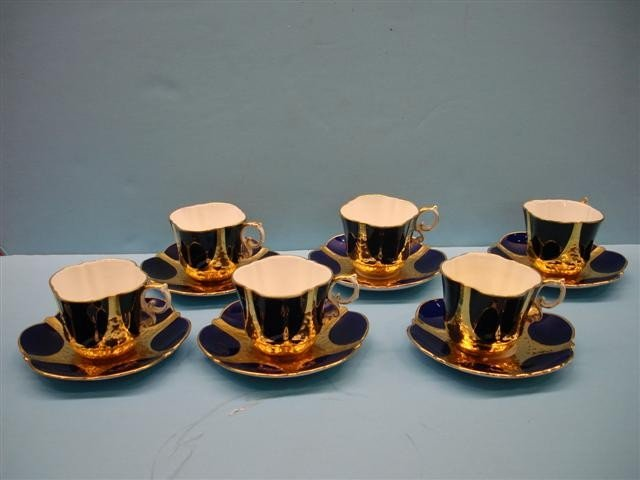 18: Six Ansley Bone China Blue & Gold Cups & Saucers