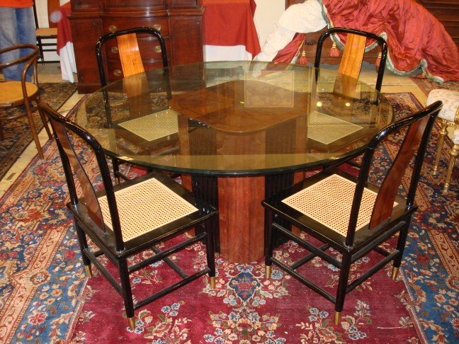 Round Henredon Glass Top Dining Table