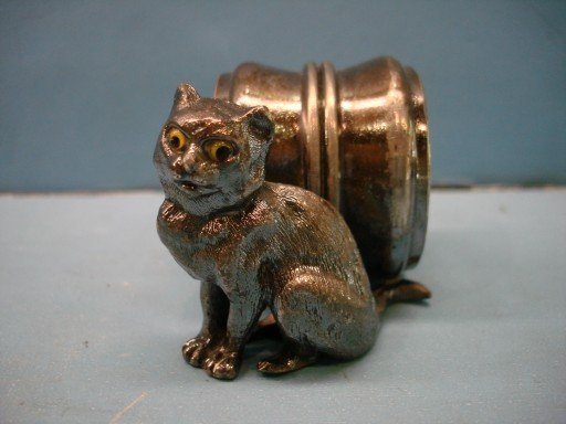 Victorian Silverplated Napkin Ring - Cat w/ Glass Eyes