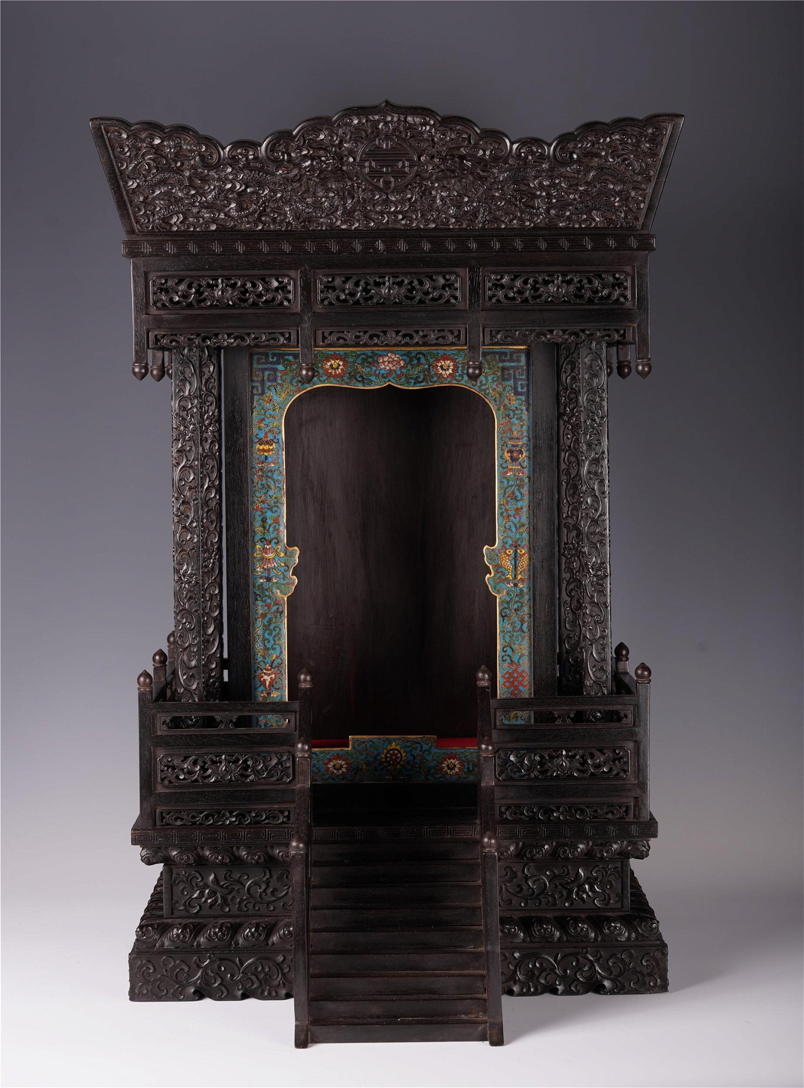 CHINESE ROSEWOOD CARVED DRAGON PATTERN NICHE