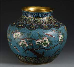 A LARGE CHINESE CLOISONNE FLOWERS PATTERN JAR