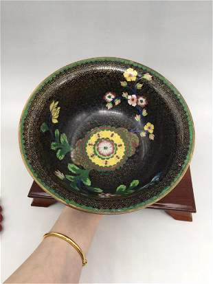 A CHINESE CLOISONNE FLORAL PATTERN BOWL