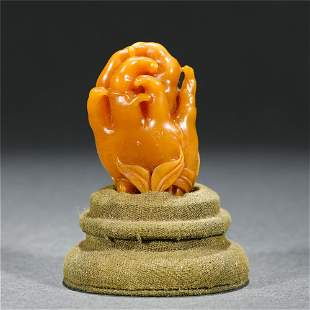 A CHINESE SOAP STONE ORNAMENTS