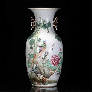 A CHINESE FAMILLE ROSE FLOWER-BIRD DOUBLE HANDLED VASE