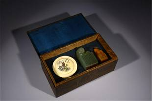 TWO BEAST SEALS AND A CIRCULAR INK-PASTE BOX