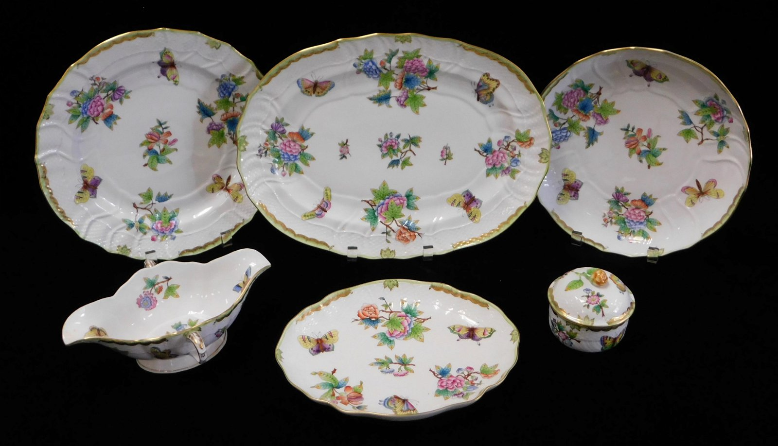 """CHINA: Herend """"Queen Victoria"""" pattern serving dishes,"""