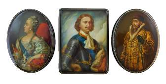 Russian hand-painted lacquer boxes, three pieces, all