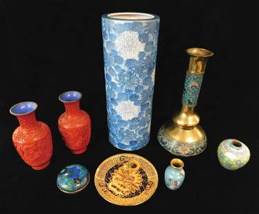 ASIAN: Chinese decorative objects, 19th and 20th C.,