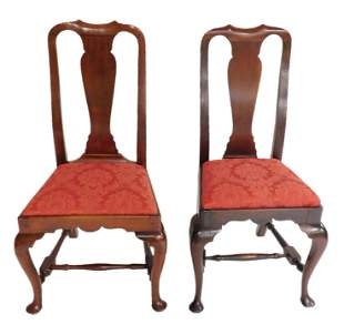 Matched pair of American Queen Anne chairs, late 18th