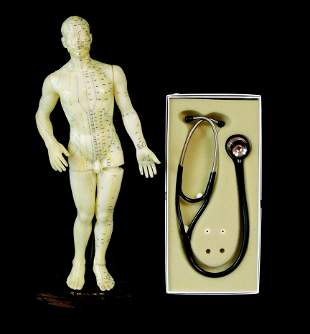 Acupuncture model and stethoscope, Chinese acupuncture