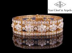 VAN CLEEF & ARPELS, AN IMPORTANT DIAMOND BRACELET