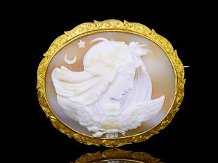 ANTIQUE VICTORIAN SHELL CAMEO BROOCH