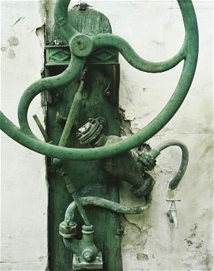 COLE WESTON - Pump, Arles, France, 1983