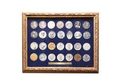 Large numismatic lot with hundreds of pieces