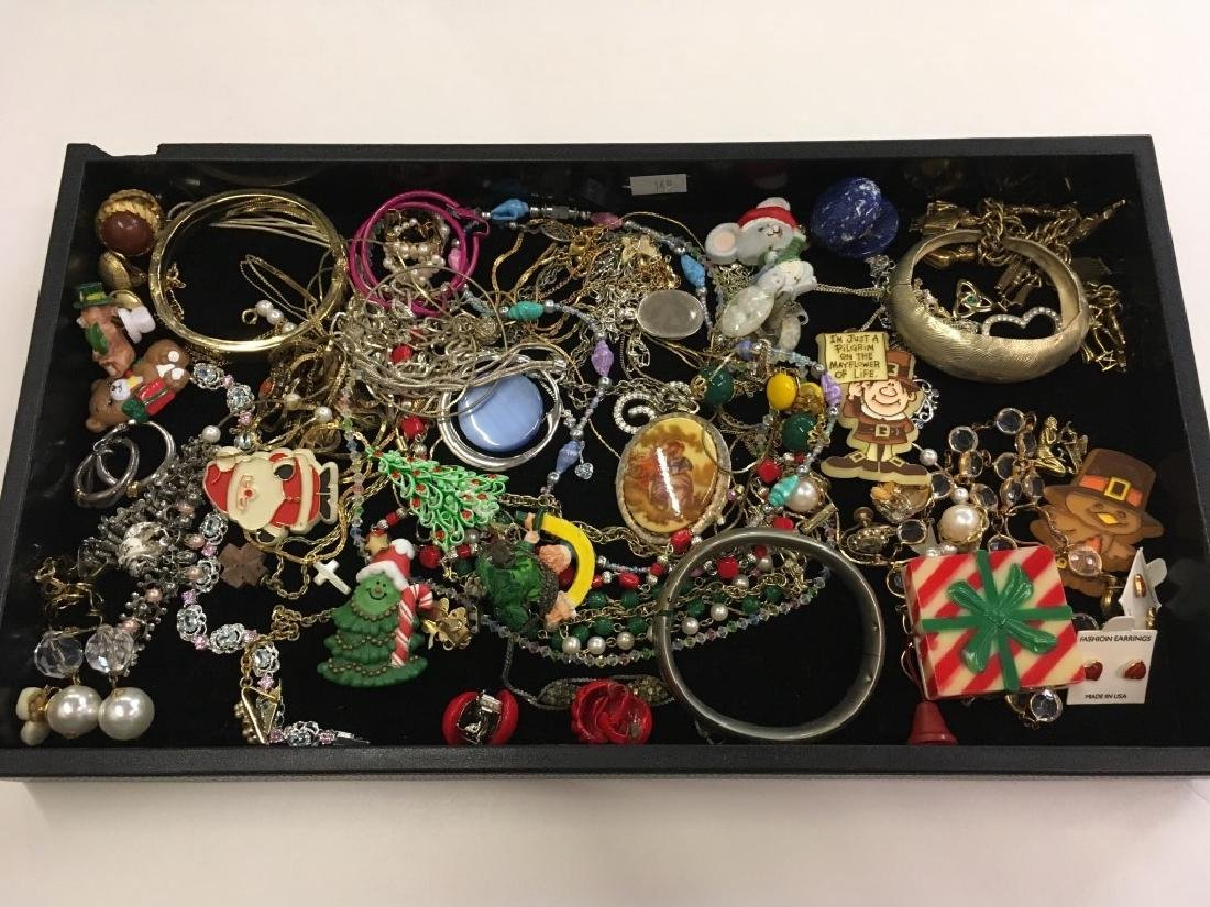 TRAY LOT OF COSTUME JEWELRY