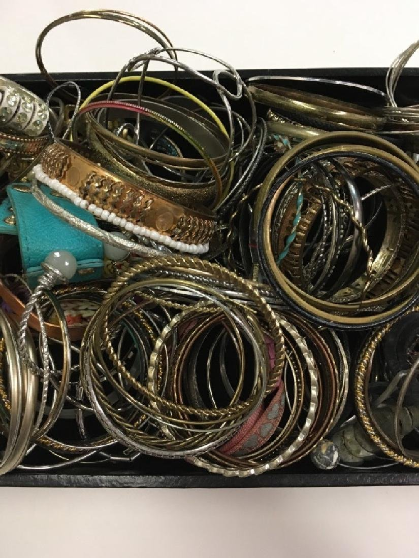 LARGE TRAY LOT OF COSTUME JEWELRY - 3