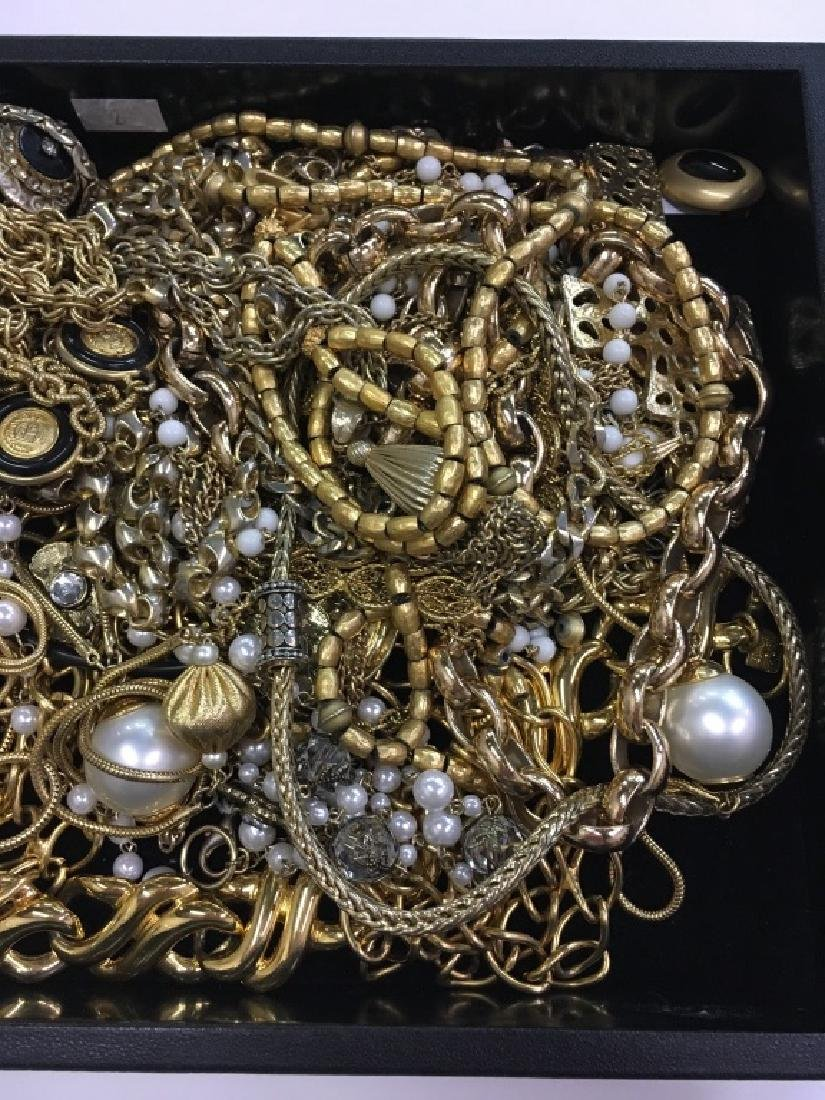 TRAY LOT OF COSTUME JEWELRY - 5