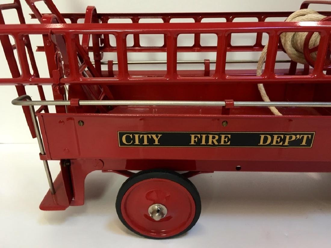 STEELCRAFT CITY FIRE TRUCK BY MURRAY - 3