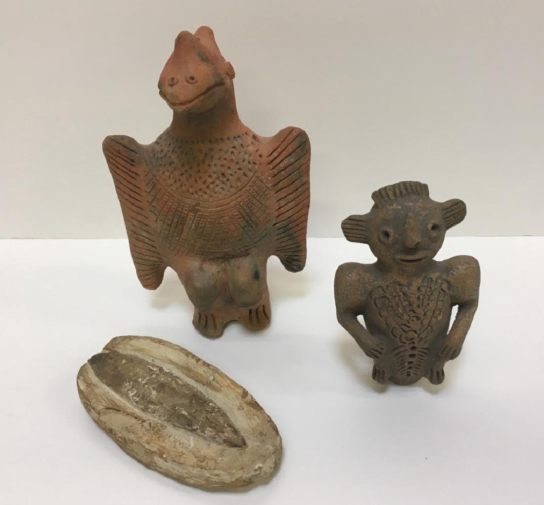PRE-COLUMBIAN STYLED FIGURE AND FOSSIL