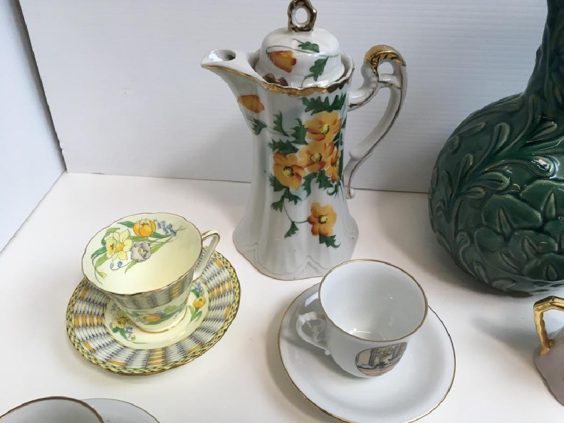 14 PCS OF DECORATIVE PORCELAINS & CERAMIC - 9