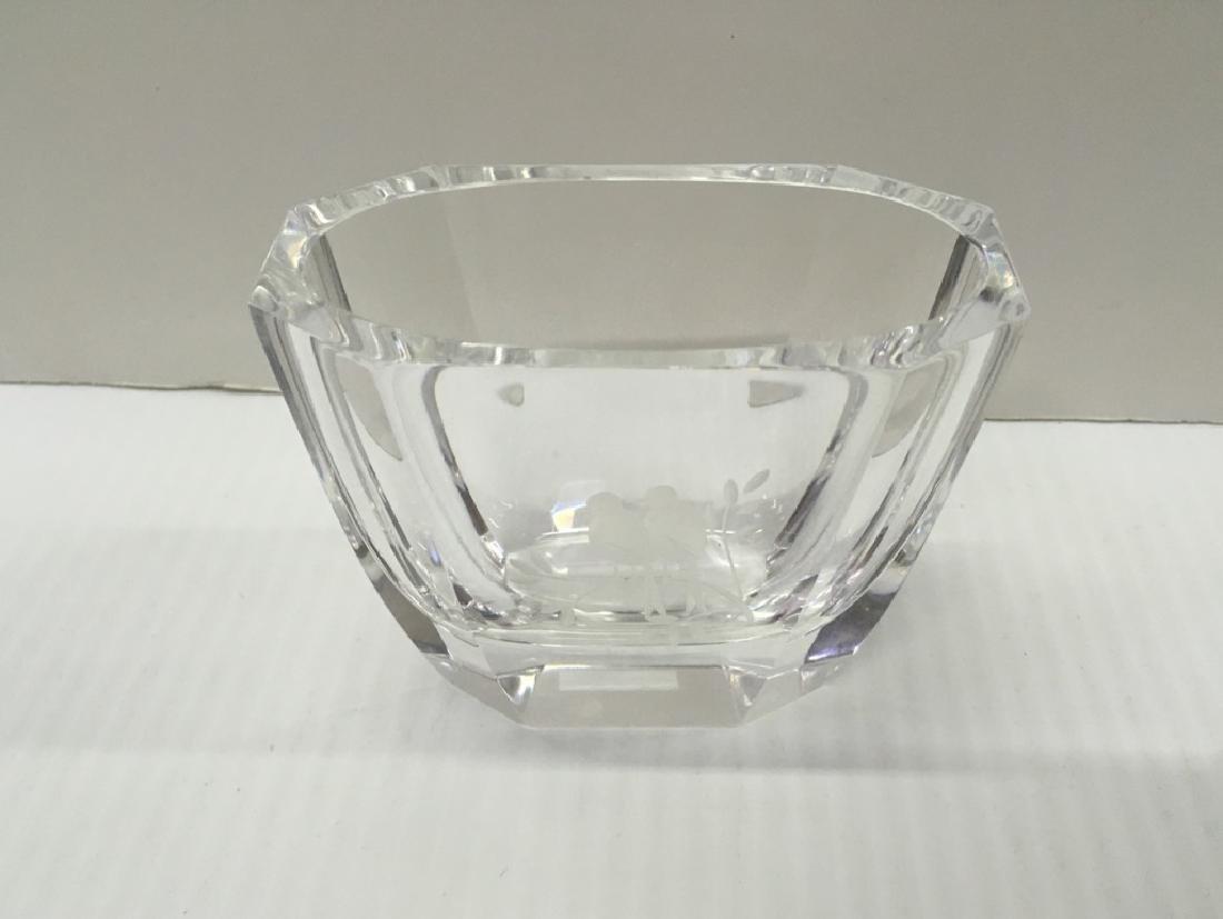 ROYAL CROWN DERBY PORCELAINS & SIGNED ART GLASS - 9