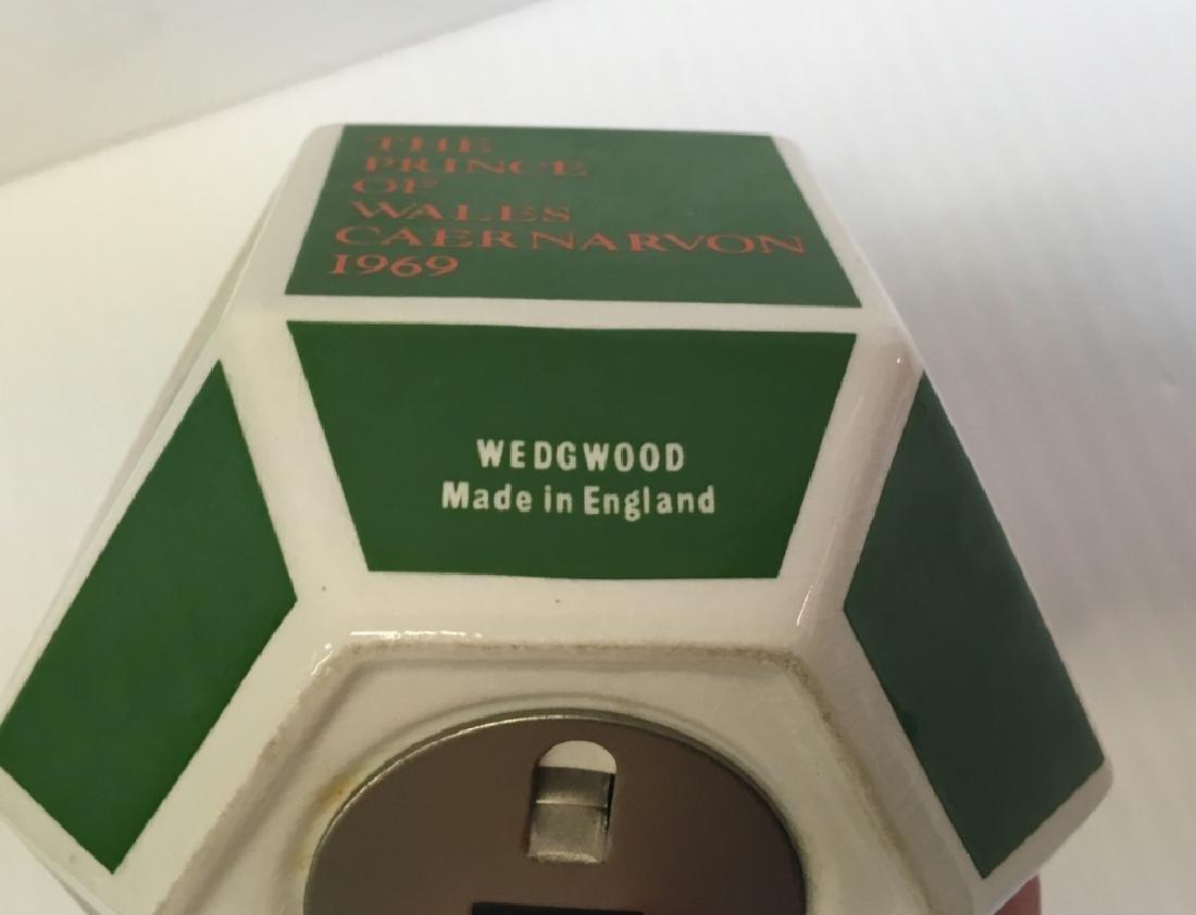 4 VINTAGE HUMMELS, WEDGWOOD BANK & GALWAY DISH - 16