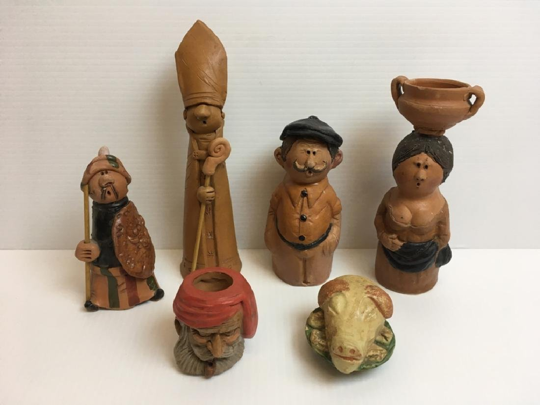 6 PCS OF TERRA COTTA / POTTERY FIGURES