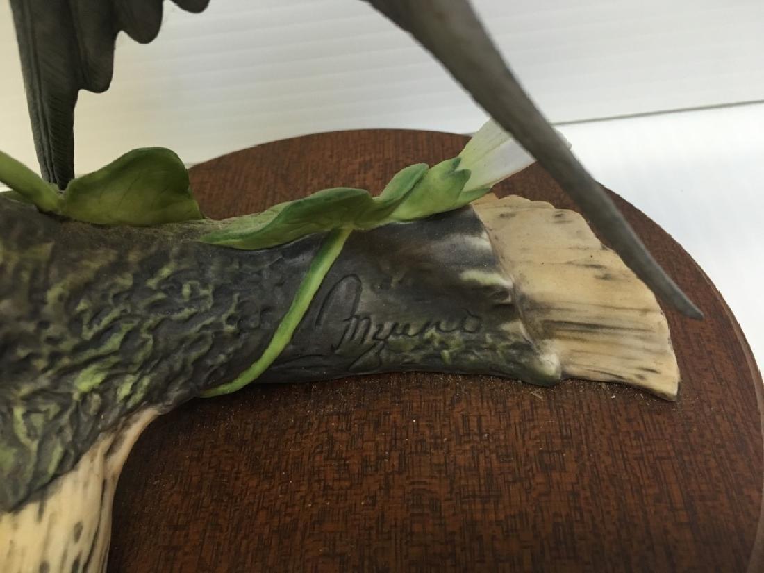 5 HAND PAINTED PORCELAIN BIRD FIGURINES - 7