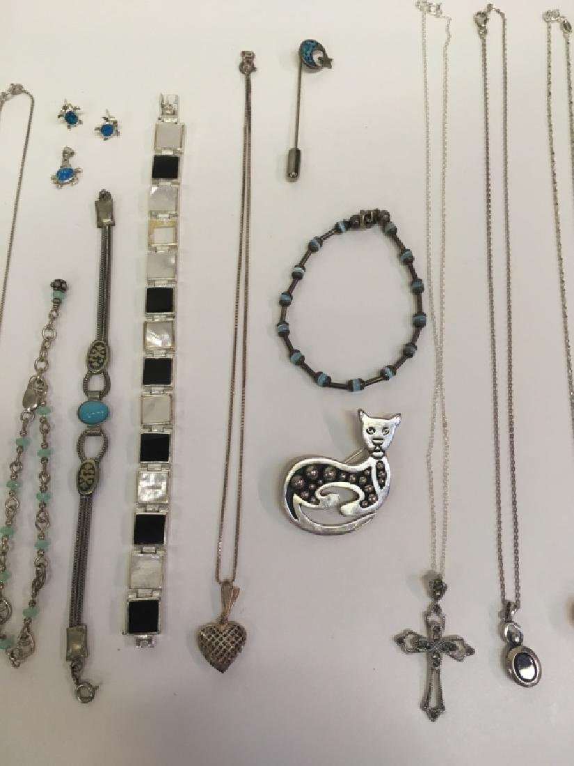 15 PCS OF ASSORTED JEWELRY - 3