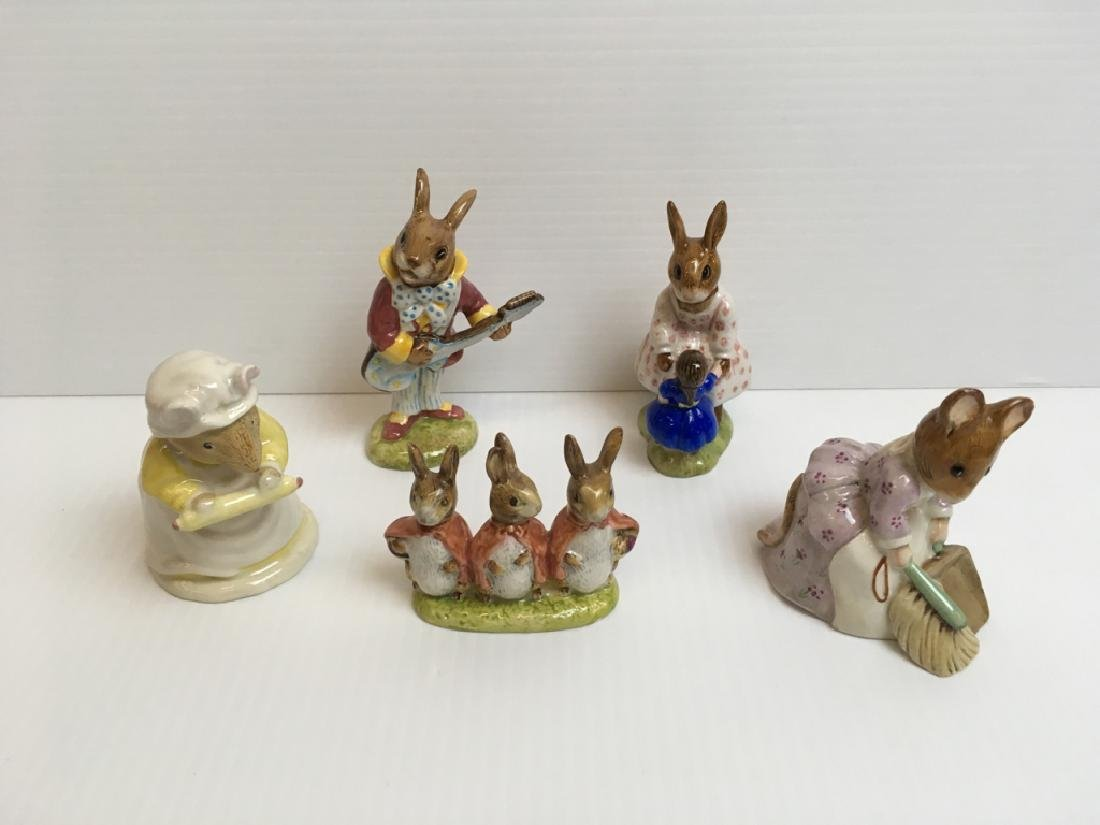 5 PCS OF BESWICK / ROYAL DOULTON FIGURINES