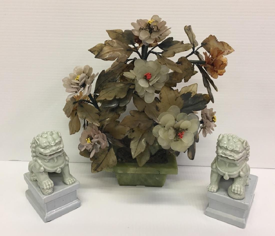CHINESE JADE 20TH C. ARRANGEMENT & FOO DOGS