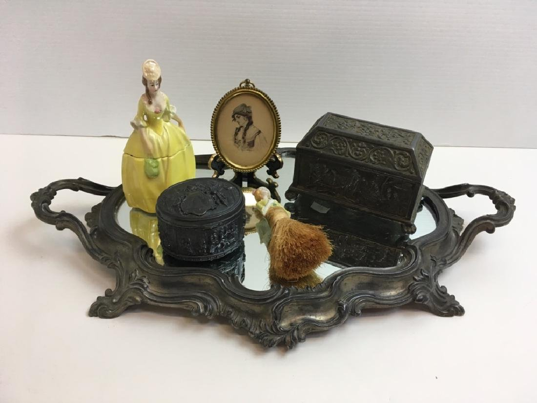 6 PCS - ANTIQUE & VINTAGE VANITY / DRESSER ITEMS