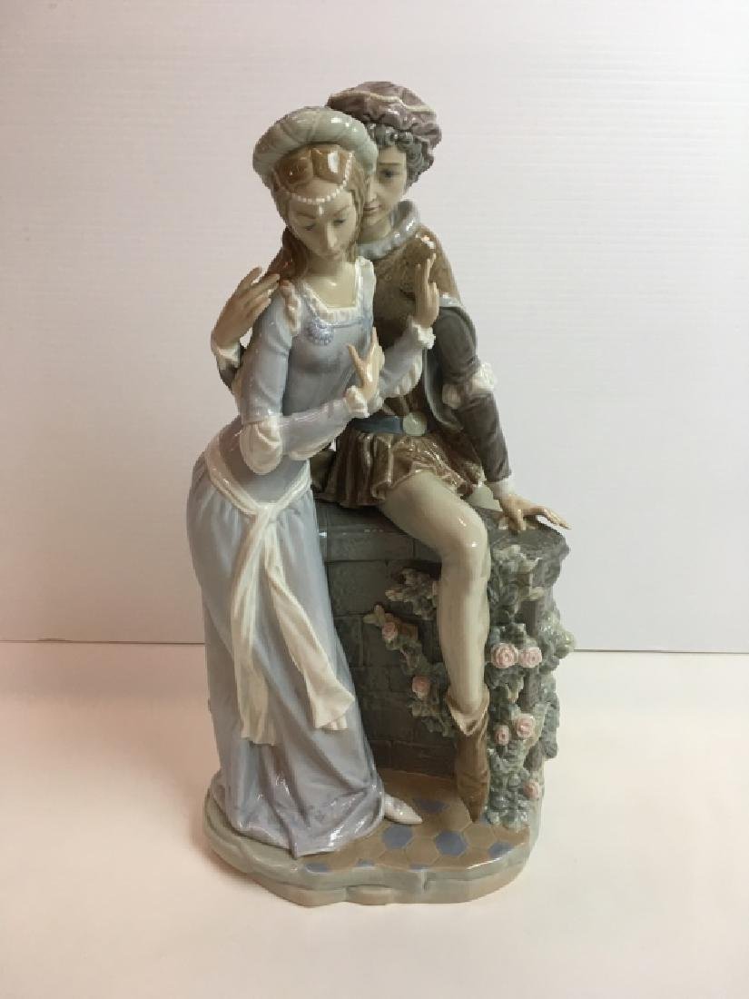 LLADRO FIGURINE - LOVERS FROM VERONA #1250