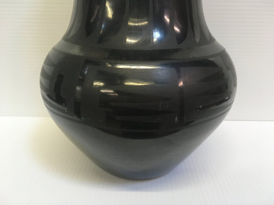 MARIA & JULIAN SIGNED BLACK WARE POTTERY VASES - 5