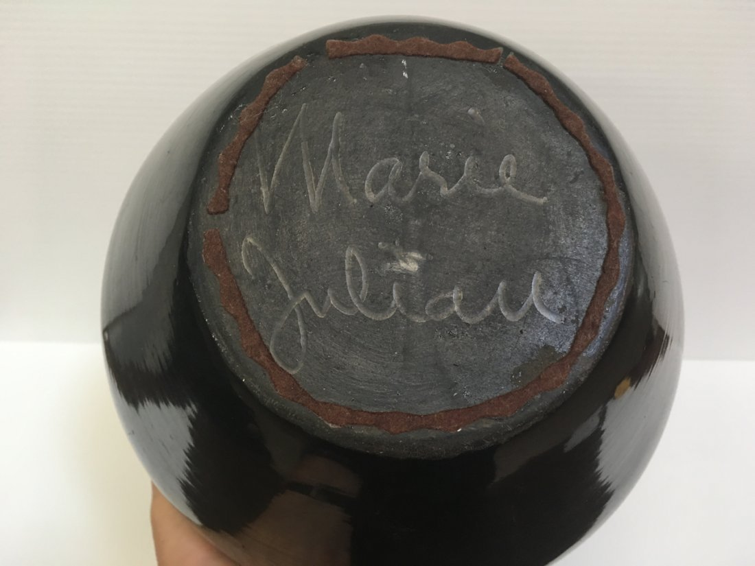 MARIA & JULIAN SIGNED BLACK WARE POTTERY VASES - 8